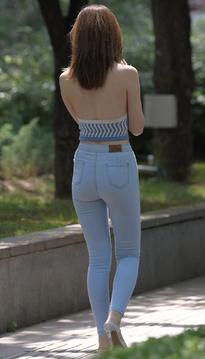 牛仔裤美女又来了HU21NB