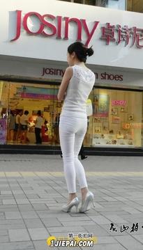 绝美的白色长裤10p