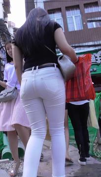 街拍袅袅婷婷的包臀裙牛仔热裤丝袜美腿女孩[SP-PA72]